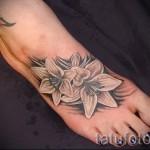 тату цветы на ноге - фото вариант от 21122015 № 1