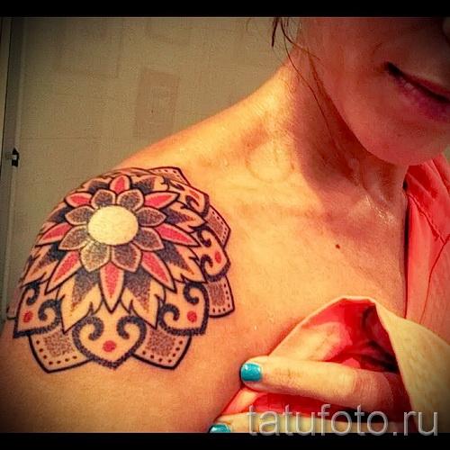 тату цветы на плече - фото вариант от 21122015 № 7