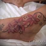 тату цветы на щиколотке 7
