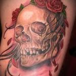 тату череп с розами - фото вариант от 15122015 № 32