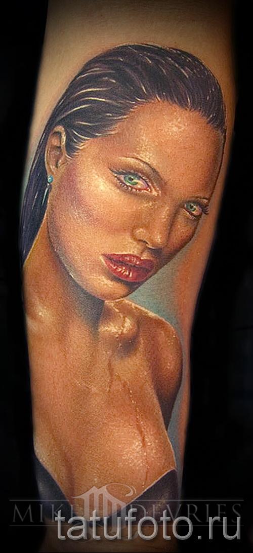 Тату Анджелины Джоли - пример на фото № 19