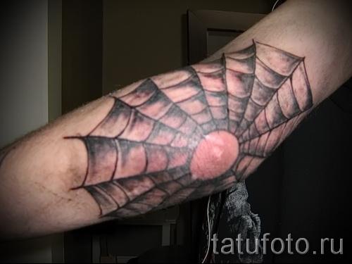 Тату паутина на локте - фото готовой татуировки - 20122015 № 11