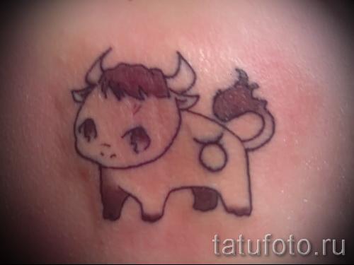 Фото готовой тату знак зодиака телец - маленький смешной бычок