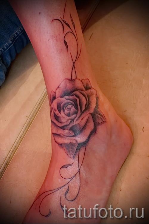 тату на ноге розы - фото вариант от 15122015 № 17
