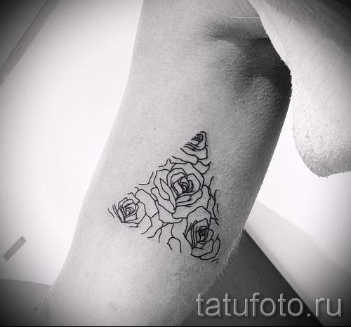 тату роза в треугольнике - фото вариант от 15122015 № 2