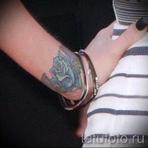 тату роза на запястье - фото вариант от 15122015 № 4