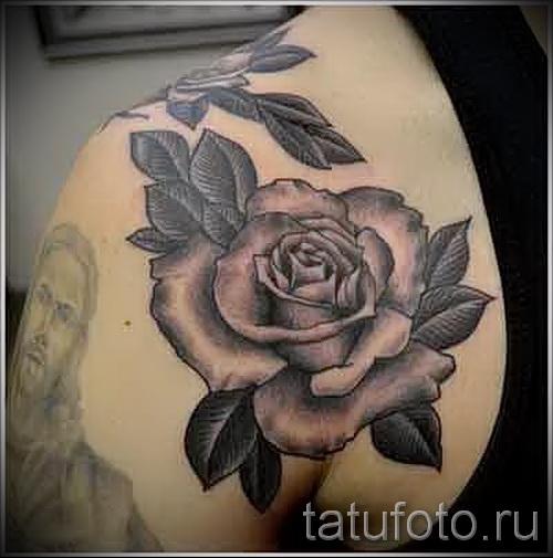 тату розы черно белые - фото вариант от 15122015 № 5