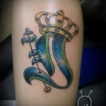 Krone Tattoo mit dem Buchstaben - ein Foto des fertigen tattoo - 20122015 Nummer 1