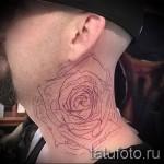 Rose Tattoo am Hals - eine Variante der Bildnummer 15122015 4