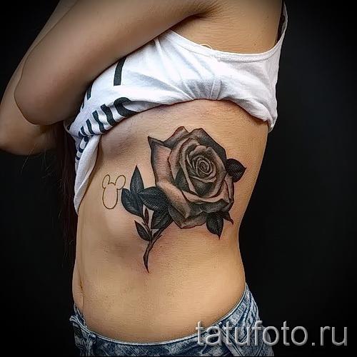 Rose Tattoo auf den Rippen - Picture-Option aus dem Nummer 15122015 1