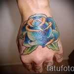Rose Tattoo auf der Hand - Foto-Option aus dem Nummer 15122015 2