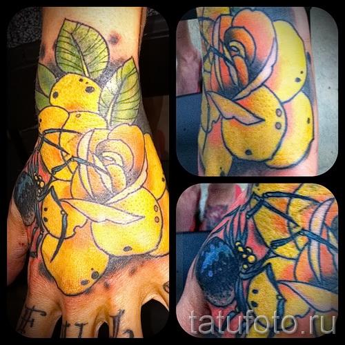 Rose Tattoo sur la main - option Photo du nombre 15122015 1111