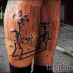 Tattoo auf der Wade für Männer - Foto Beispiel für die Zahl 20122015 1