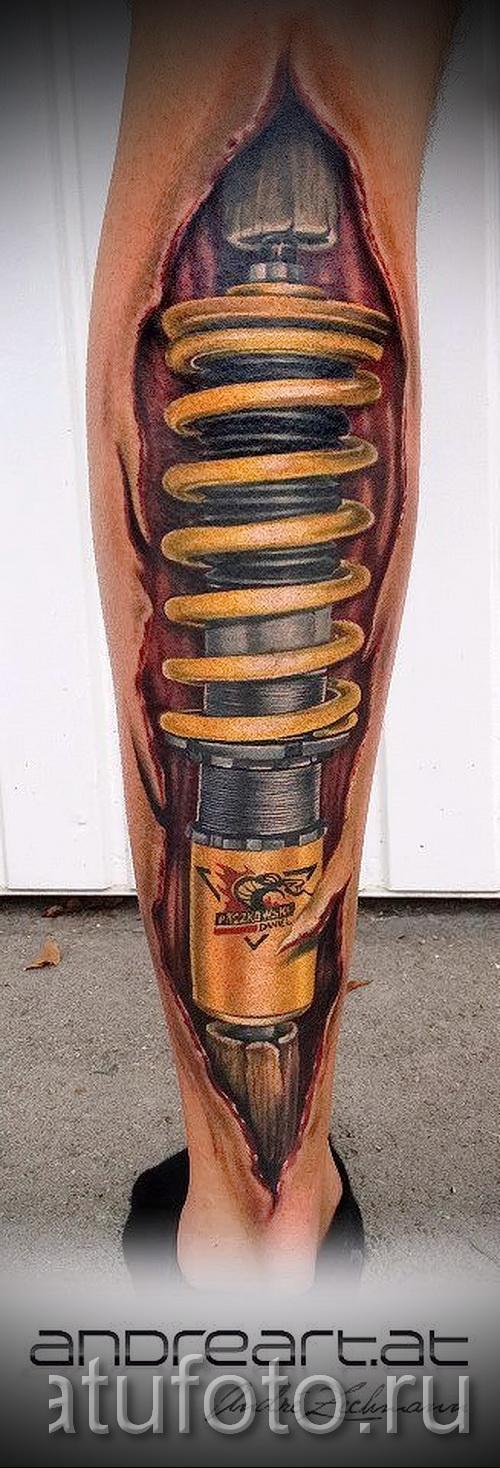 Tattoo auf der Waden Biomechanik - Foto Beispiel für die Zahl 20122015 1