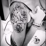 Tattoo black and white roses - Photo option from the number 15122015 2