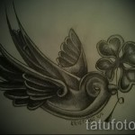 swallow tattoo clover - Photo example 1