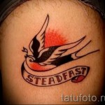 swallow tattoo old school - Photo example 2