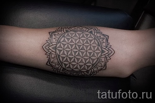 tattoo flower mandala - a cool photo of the tattoo number 21122015 2