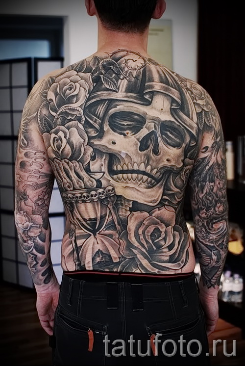 tattoo skull with roses - Photo option from the number 15122015 2