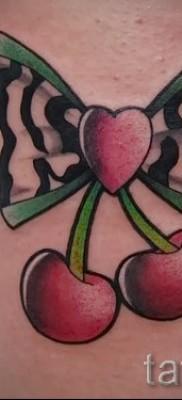 тату вишня на бедре – примеры татуировки на фото от 30012016 1
