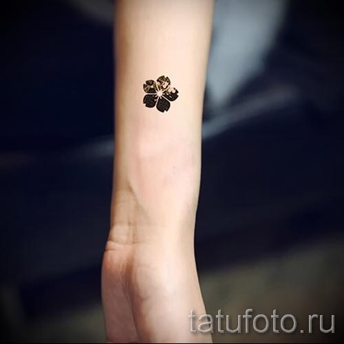 тату вишня черная - примеры татуировки на фото от 30012016 2