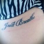 тату под грудиной надпись - примеры татуировок на фотографии от 16012016 8