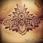 тату под грудиной фото - примеры татуировок на фотографии от 16012016 11