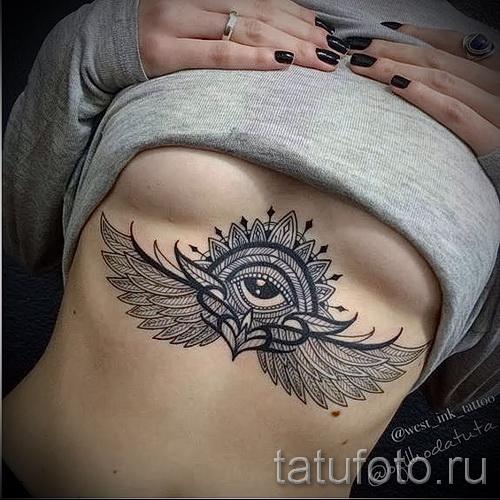 тату под грудиной фото - примеры татуировок на фотографии от 16012016 47