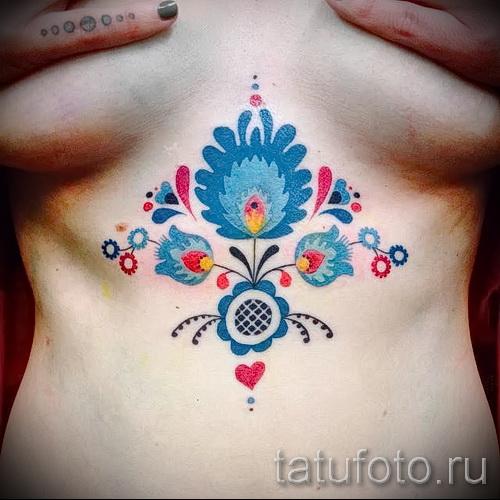 тату под грудиной фото - примеры татуировок на фотографии от 16012016 49