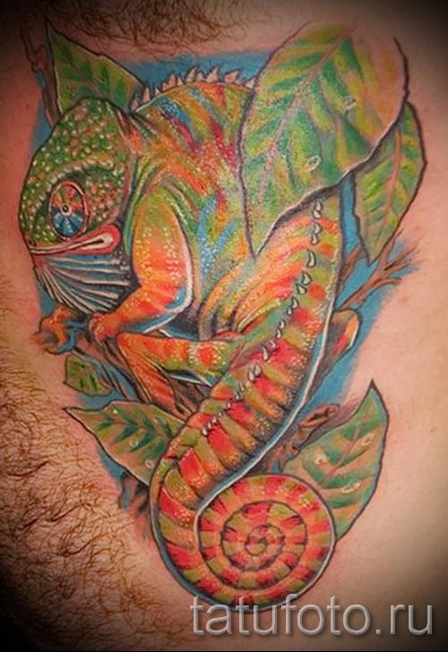 Прикольная фотка с тату хамелеон 1