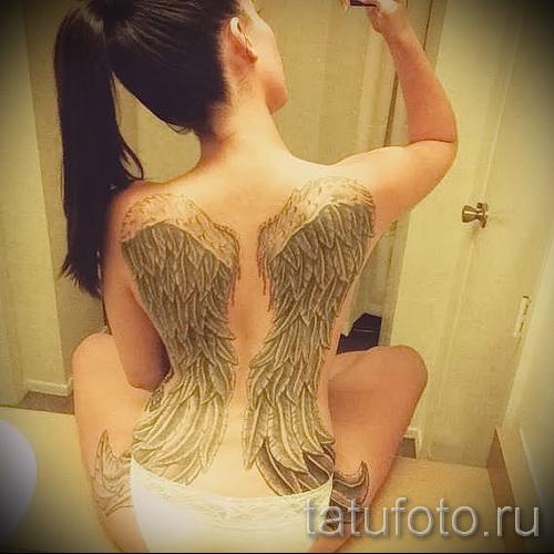 крыло тату на бедре - примеры готовых тату в фотографиях 01022016 1