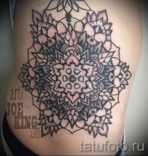 тату на бедре мандала - примеры готовых тату в фотографиях 01022016 4