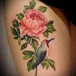 тату пионы на бедре - примеры готовых тату в фотографиях 01022016 4