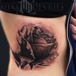 тату розы на ребрах - фотография с примером татуировки от 03022016 4