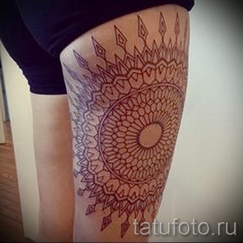 тату узор на бедре - примеры готовых тату в фотографиях 01022016 1