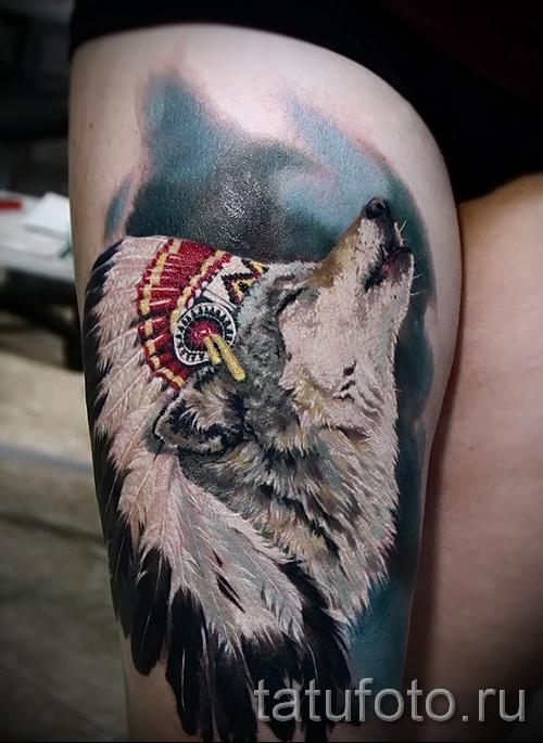 тату на бедре волк 2