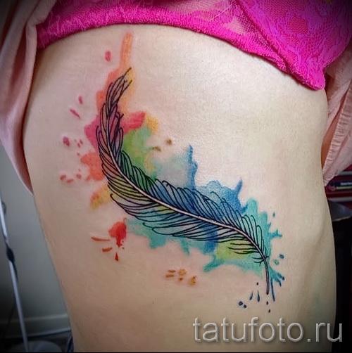 тату перо на ребрах - фотография с примером татуировки от 03022016 8
