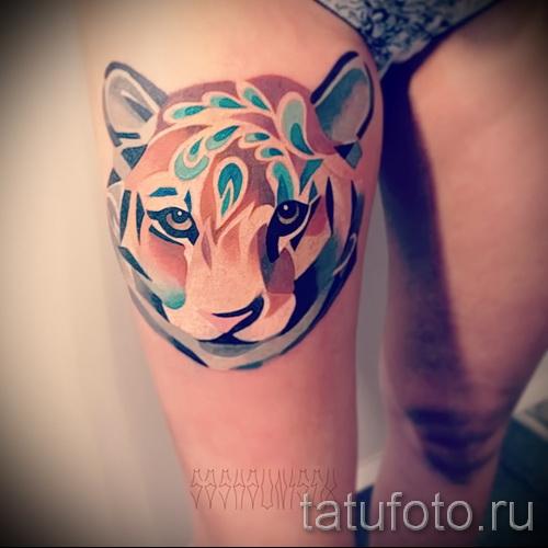 тигр на бедре тату 1