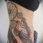 Dreamcatcher tatouage sur les côtes - une photo avec un tatouage sur l'exemple 03022016 3