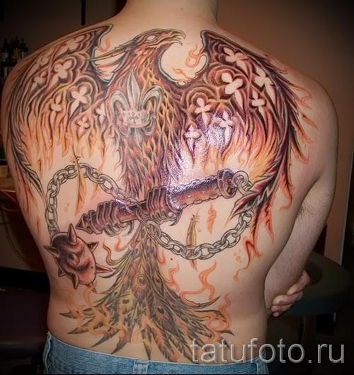 Phoenix Tätowierung auf seinem Rücken - ein Foto des fertigen Tätowierung 11022016 2