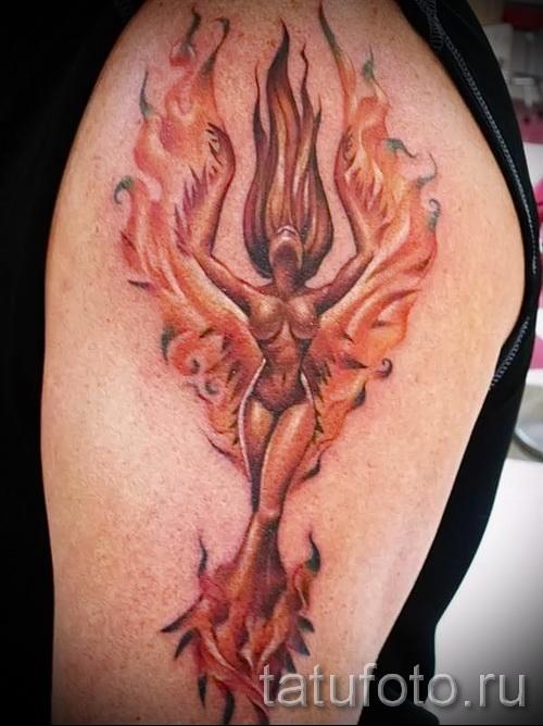 Phoenix Tätowierung auf Feuer - ein Foto des fertigen Tätowierung auf 11022016 2