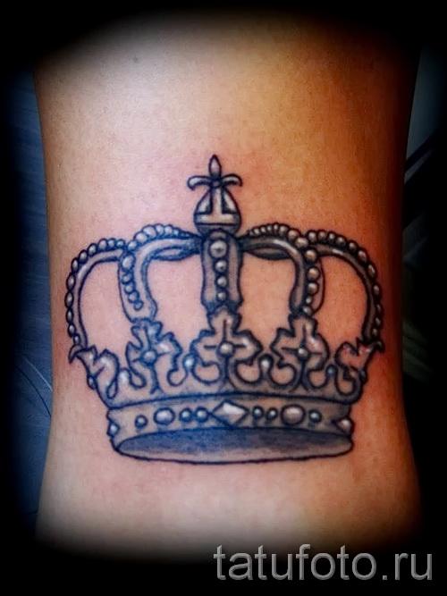 Tattoo auf den Kanten der Krone - Bild mit einem Beispiel eines Tattoo-03022016 1