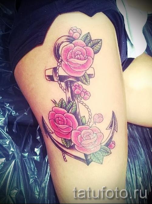 anchor tattoo on his thigh 2