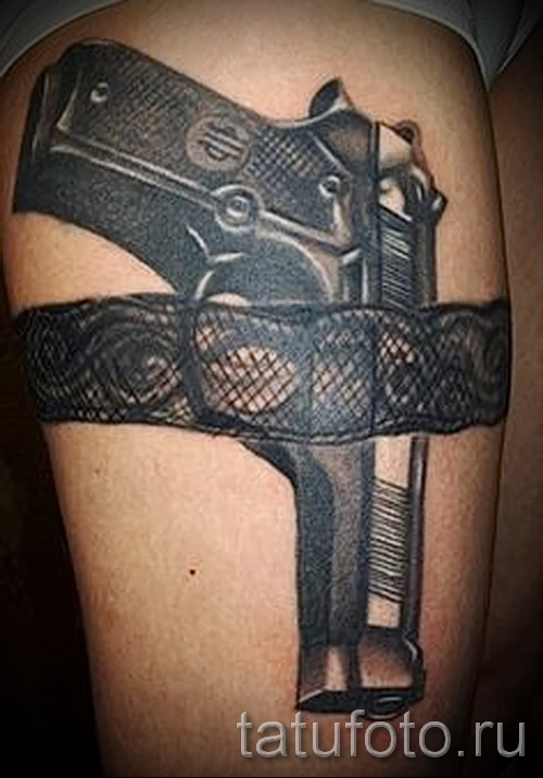tattoo gun on his hip - examples of finished tattoo photos 01022016 5