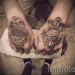 тату на кисти руки надписи - фотографии и примеры от 01032016 22