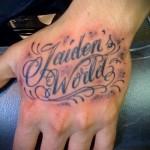 тату на кисти руки надписи - фотографии и примеры от 01032016 3