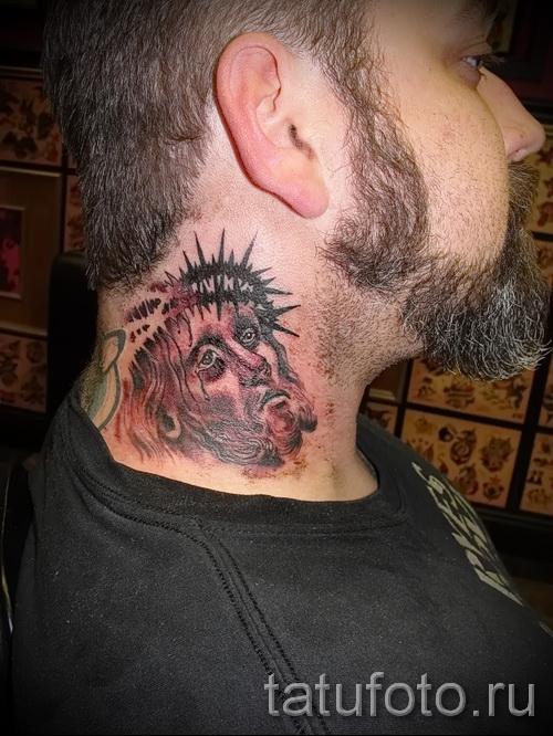 тату на шее 3д - пример фотографии готовой татуировки от 02032016 2