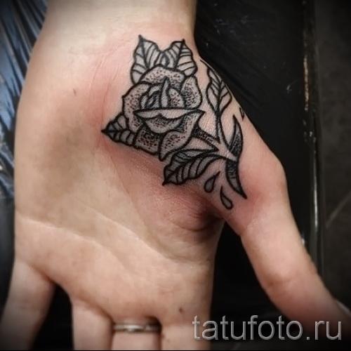тату роза на кисти - фотографии и примеры от 01032016 12