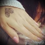 Tätowierung auf der Hand für die Mädchen Fotos - Fotos und Beispiele von 01032016 3