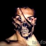 Tattoo Schädel auf der Hand - Fotos und Beispiele von 01032016 2